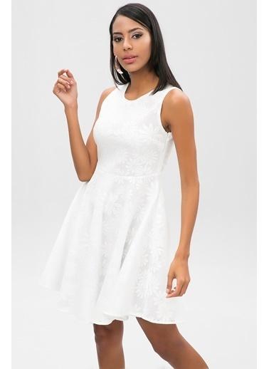 New Laviva Elbise Beyaz
